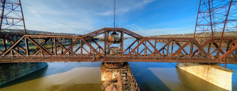 Livingston Avenue Bridge