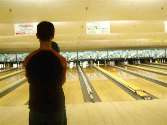 Bowling-for-Omega