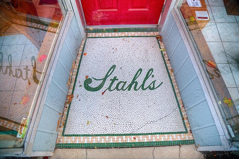 Stahl's