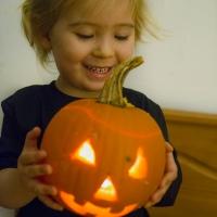Pumpkin-with-Flickering-Eyes