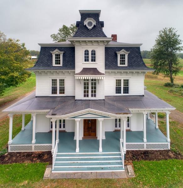 Victorian Era Farmhouse